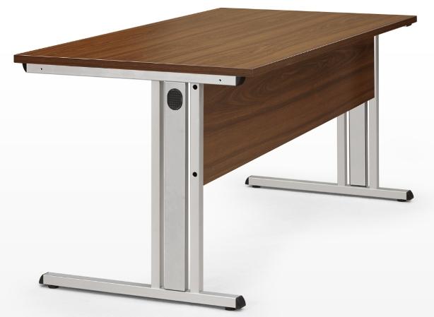 Kancelářské pracovní stoly solid